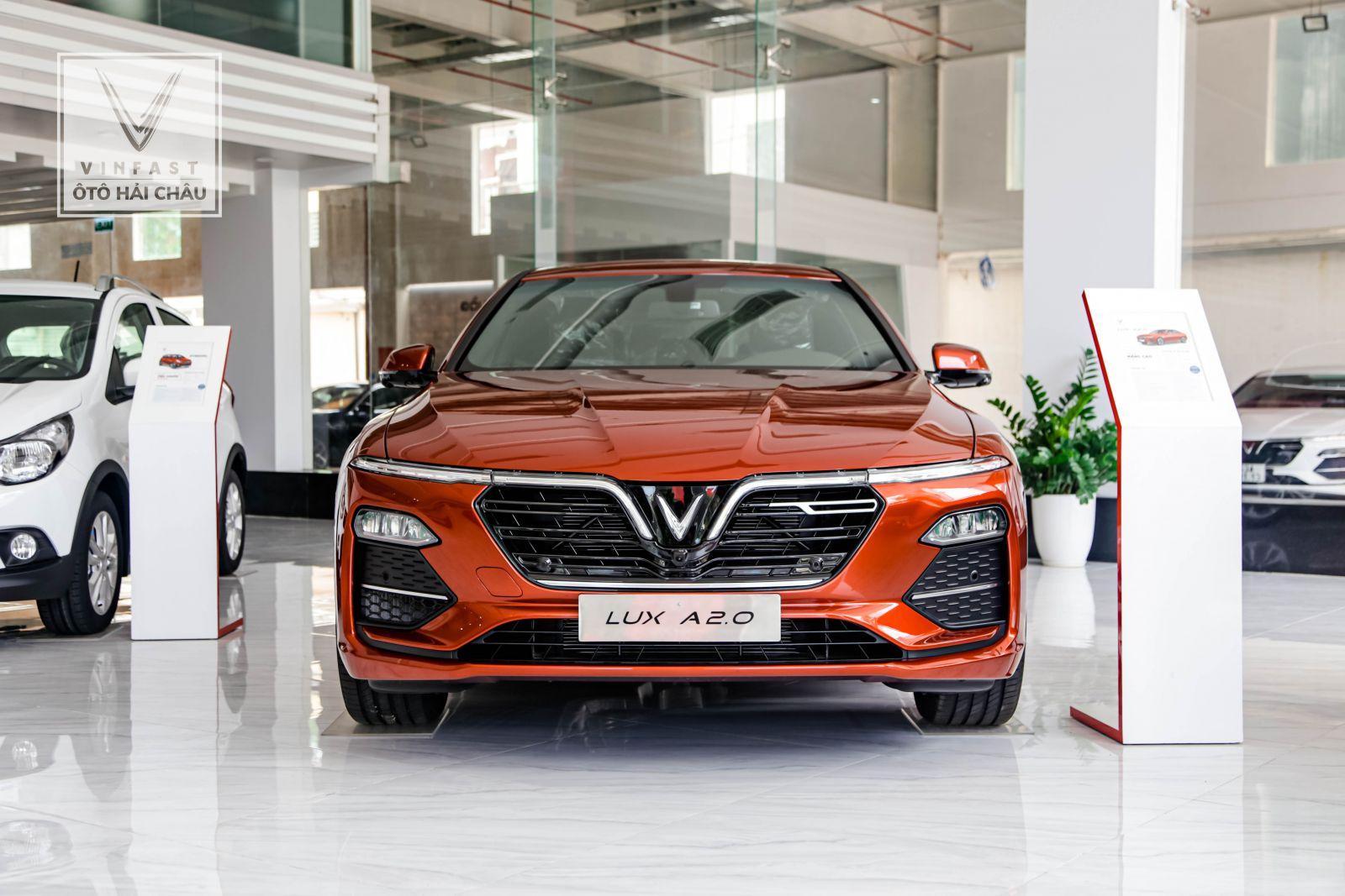 VinFast Lux A2.0 và Lux SA2.0 được cho là nằm ở phân khúc sedan và SUV hạng E.